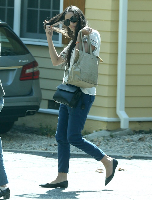 Demi Moore Begging To Join DWTS Season 21: Thinks She's A Better Dancer Than Rumer Willis