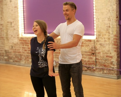 Bindi Irwin and Chandler Powell Break-Up Coming: Boyfriend Jealous of Dancing with the Stars' Partner Derek Hough Bond