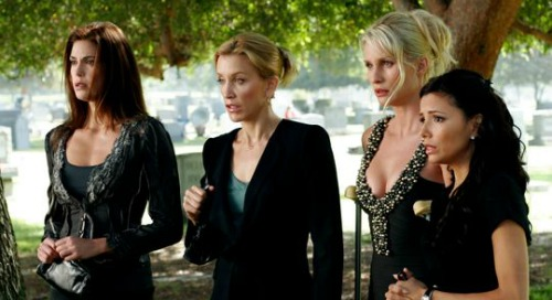 Nicollette Sheridan Slams Felicity Huffman's 'Disgraceful' Involvement In College Admissions Scandal