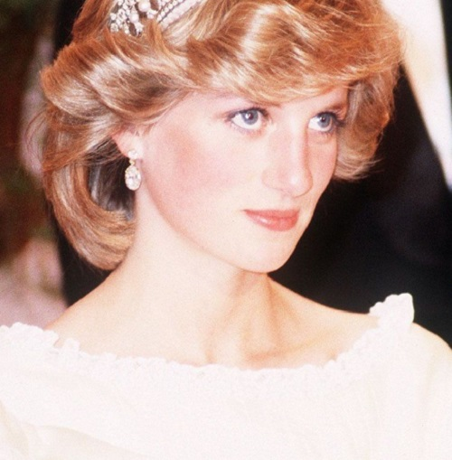 How Princess Diana Went From A Shy Girl To A Passionate Philanthropist