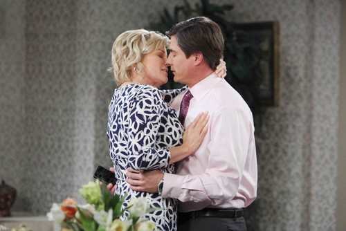 Days of Our Lives Spoilers: Melanie Answers Brady's Proposal, Adrienne and Lucas Go Public, Will Nicole Saves Serena?