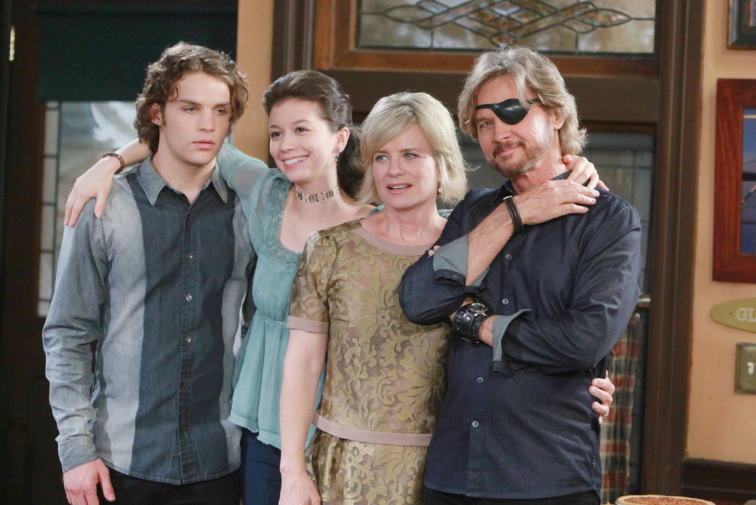 Days of Our Lives Spoilers: Stephanie Visits for Steve and Kayla's Wedding, Shelley Hennig Returns – Joyful Family Reunion