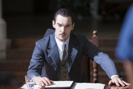 "Dracula RECAP 12/6/13: Season 1 Episode 6 ""Of Monsters and Men"""