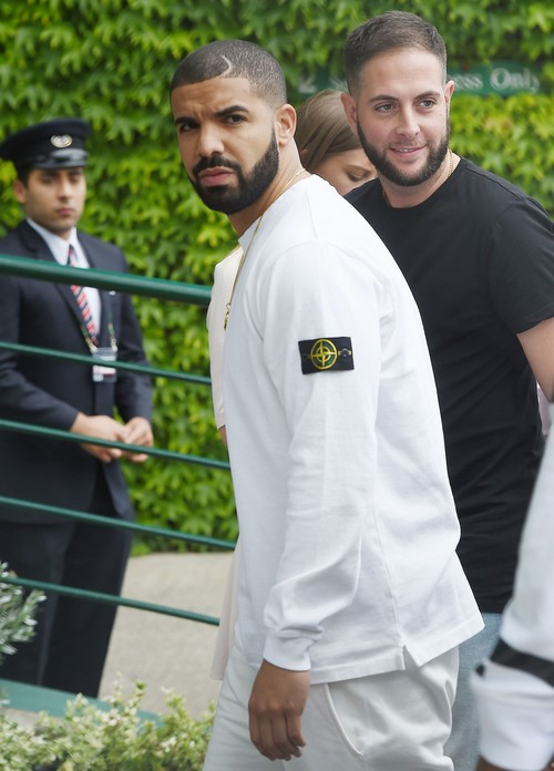 51790957 Celebrities attend Wimbledon to take in some great tennis action in London, England on July 6, 2015 in London, England. Celebrities attend Wimbledon to take in some great tennis action in London, England on July 6, 2015 in London, England. Pictured: Drake FameFlynet, Inc - Beverly Hills, CA, USA - +1 (818) 307-4813 RESTRICTIONS APPLY: USA ONLY
