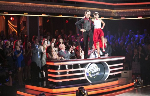 POLL: Who Will Be Voted Off Dancing With The Stars 2016 Week 6