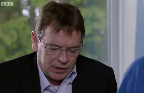 'EastEnders' Spoilers: Ian Beale Receives Bad News From Doctor - Cancer Diagnosis And Exit Coming?