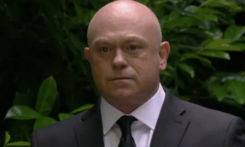 'EastEnders' Spoilers: Grant Mitchell Returning To Walford - Ross Kemp Back?