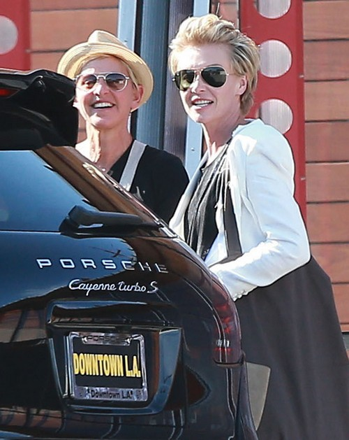 Ellen DeGeneres Divorce: Portia de Rossi and Ellen's Family Concerned with Drinking Problem - Report