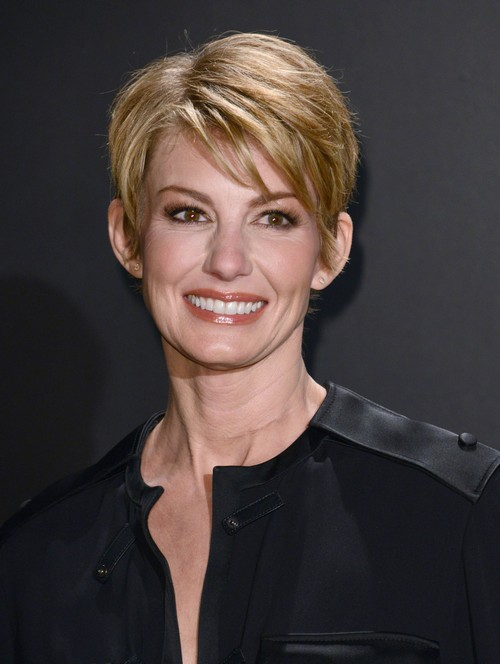 Faith Hill Undergoes Dangerous Neck Surgery: May Never Sing Again?