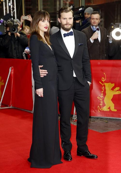 Fifty Shades Of Grey Sequel On Hold For Contract Negotiations: Jamie Dornan, Dakota Johnson Demand Multi Million Dollar Raises