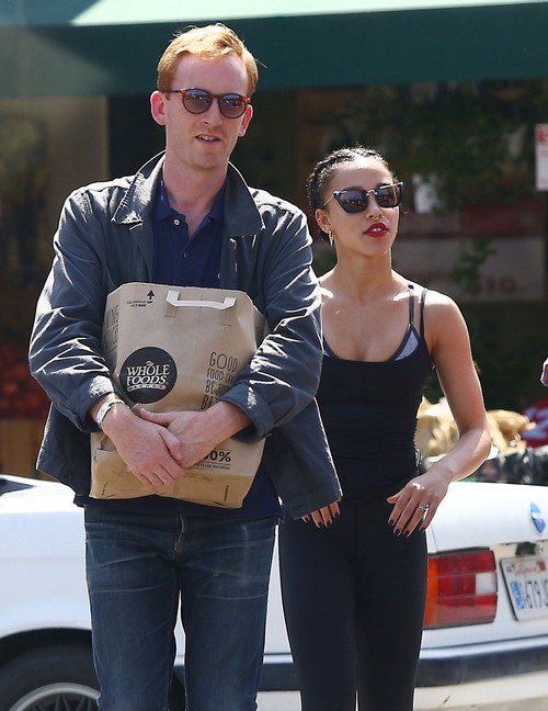 Robert Pattinson and FKA Twigs Break-Up, Drift Further Apart: Twigs' Hunger For Fame Ends Engagement?