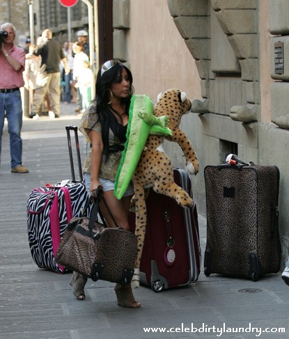 The Jersey Shore Cast Arrive At Their Town House in Florence, Italy - Photos