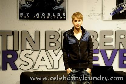 Justin-Bieber-Press-Conference-Rotterdam-Netherlands