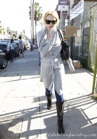 Lindsay Lohan's Breaks Her Silence - Did Not Steal Necklace?