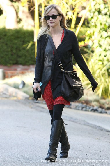 Reese Witherspoon Looking Casual Out and About In Brentwood