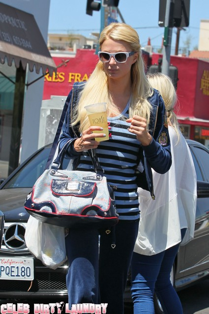 Paris Hilton Out & About Looking Casual Running Errands - Photos