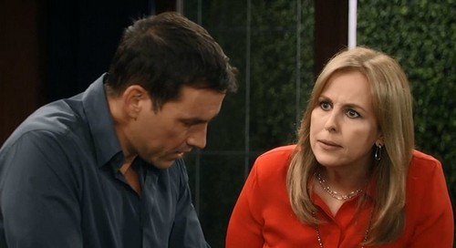 'General Hospital' Spoilers: Tracy Quartermaine vs Laura Spencer Showdown - Hatred and Rivalry Past and Present