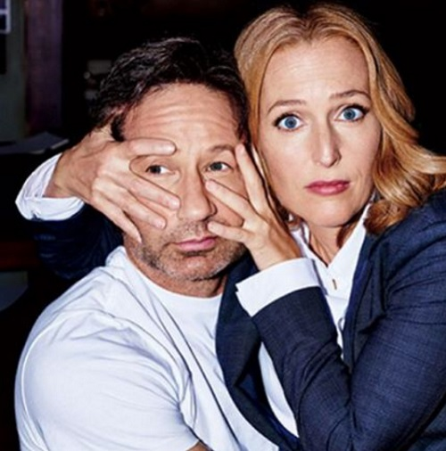 Are X-Files Stars Gillian Anderson And David Duchovny A Couple In Real Life?