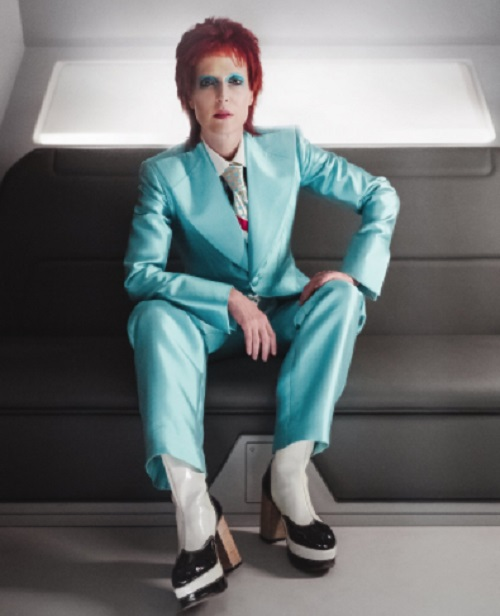 Gillian Anderson Becomes David Bowie For 'American Gods'