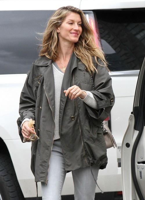 Gisele Bundchen Faking Happy Tom Brady Marriage: Divorce Looms?