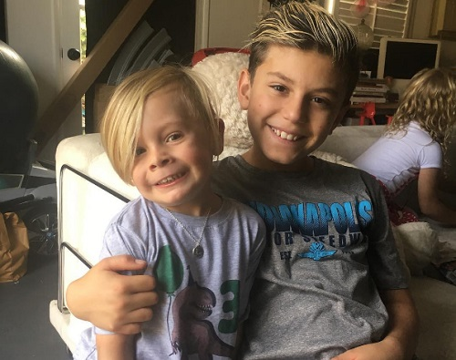Blake Shelton Tries To Win Over Gwen Stefani's Kids - Zuma and Kingston Blame Blake For Parents' Split