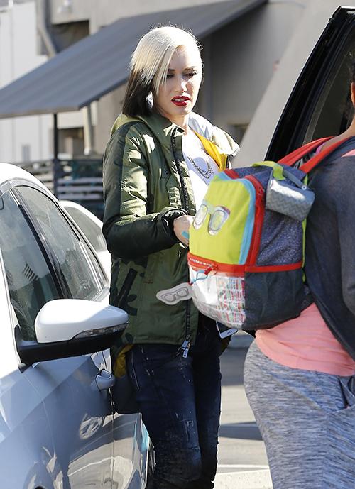 Gwen Stefani Pregnant, Blake Shelton Oklahoma Trip Was Really A Celebration?