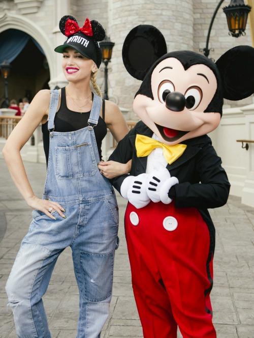 Gwen Stefani Concert Tour Debacle, Blake Shelton Break Up Next?