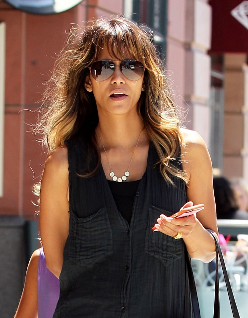 Halle Berry, Olivier Martinez Divorce: Halle Spotted Without Wedding Ring, Terrified Of Hubby's Runaway Temper – Marriage Over?