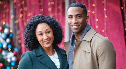 Hallmark Channel News: Young and the Restless Alum Brooks Darnell In New Movie 'A Christmas Miracle'