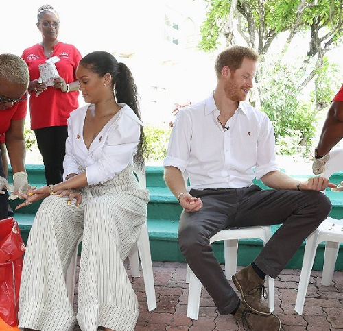 Meghan Markle Infuriated: Fans Call For Prince Harry And Rihanna To 'Make Babies' After Barbados Visit