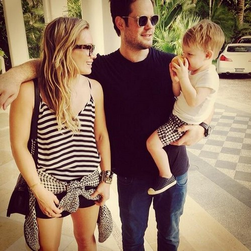 Hilary Duff and Mike Comrie Valentine's Day Reunion: Couple Back Together On Vacation (PHOTO)