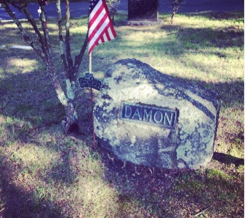 Ian Somerhalder Tweets Hint at Dead Damon's Grave - Quitting Vampire Diaries? (PHOTO)