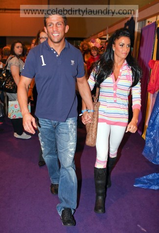 The Former Glamour Model Katie Price Who Married Cage Fighter Alex Reid In A Las Vegas Hotel Last Week Is Planning Lavish Bash Britain For