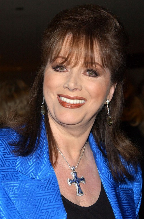 Jackie Collins Dead at 77: Hollywood Novelist Dies from ...