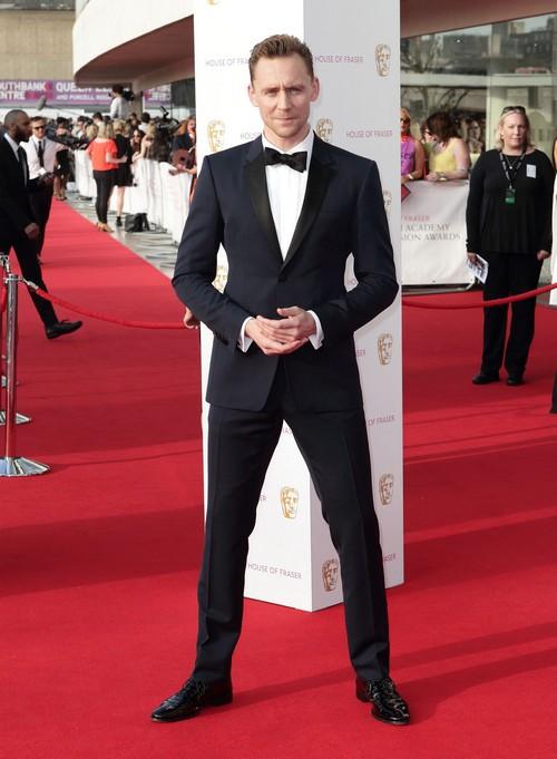 Tom Hiddleston New James Bond: Daniel Craig Rejects $100 Million 007 Deal?