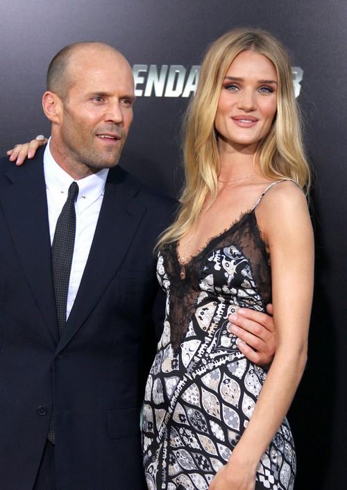 Rosie Huntington-Whiteley Engaged To Jason Statham, Where's The Engagement Ring?