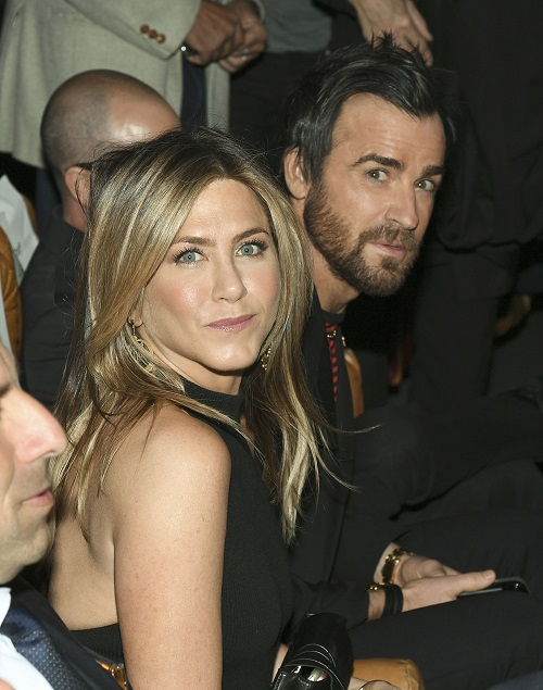 Jennifer aniston is bisexual