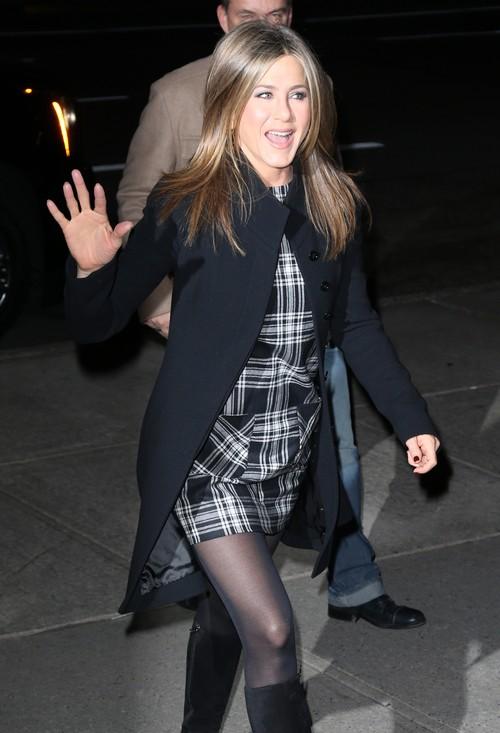 Jennifer Aniston Flattered By The Oscar Buzz - What Oscar Buzz, All Created by Jen's PR Team?