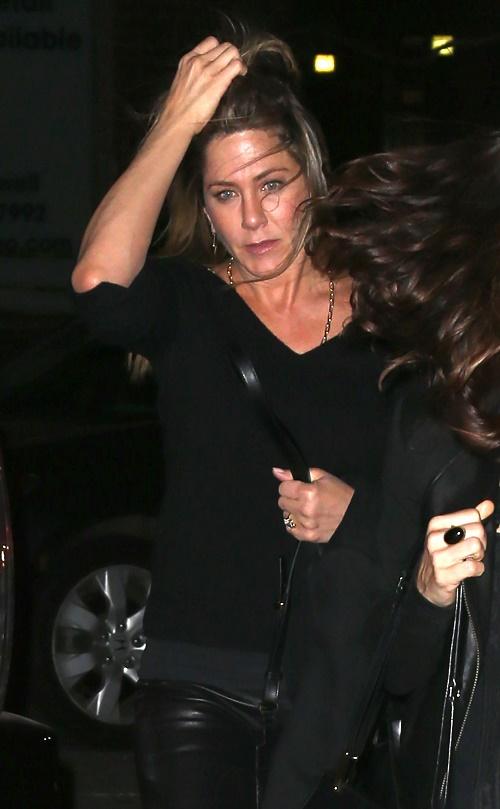 Angelina Jolie Loses Homewrecker Title After Jennifer Aniston Cheated On Brad Pitt With Matt LeBlanc First? (PHOTOS)