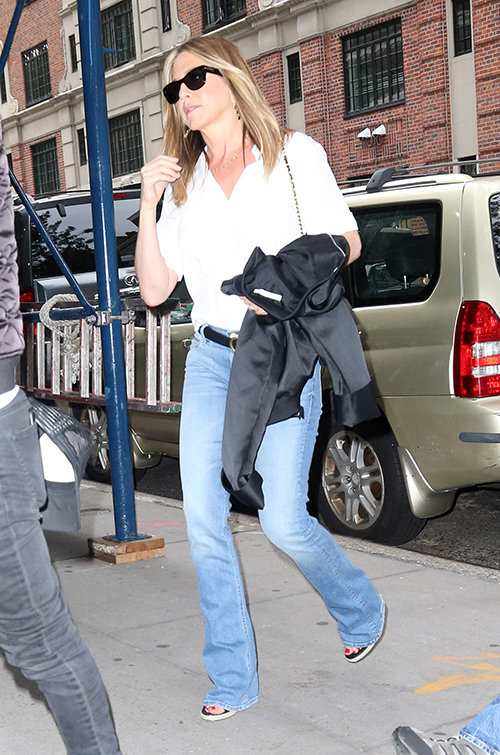 Jennifer Aniston Furious New Tell-All Will Expose Her Cold, Heartless Ways: Mother's Former Caregiver Publishes The Truth?