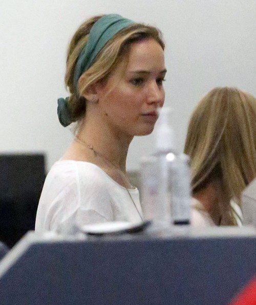 Jennifer Lawrence and Chris Martin Dating Again - Wins Boyfriend Back From Gwyneth Paltrow, Love Triangle Topples? (PHOTOS)