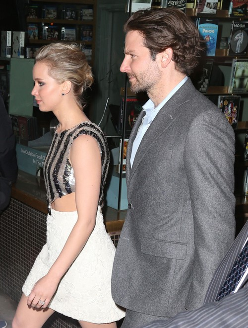 Jennifer Lawrence Dating Actor Bradley Cooper: Hooking Up in NYC Hotel, Is J-Law The Reason Suki Waterhouse Break-Up?