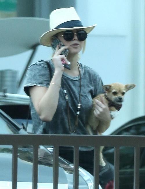 Jennifer Lawrence, Chris Martin Relationship Threatened By J-Law's Hunky Hot Bodyguard Greg Lenz - Martin Fears She'll Cheat!