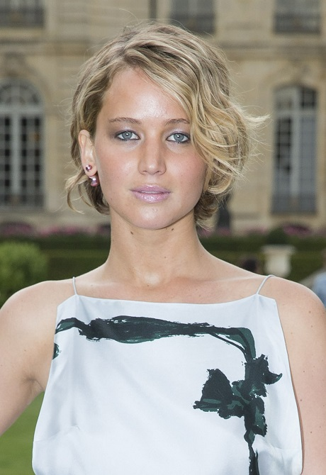 Jennifer Lawrence Nude Photos Surface: Alleged Naked Pics ...