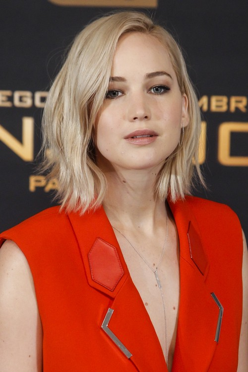 Jennifer Lawrence Furious Over Chris Martin Break-Up: Chris Used J-Law as Rebound Amusement?