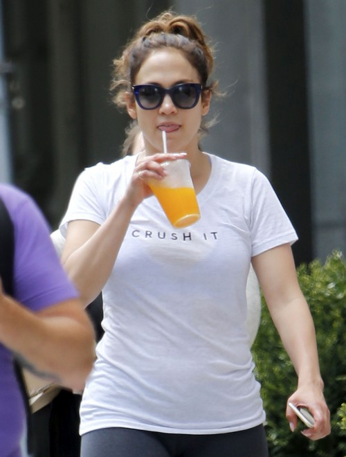 "Jennifer Lopez Wedding: Singer Marrying Boyfriend Casper Smart, Saying Their ""I Do's"" In October!"
