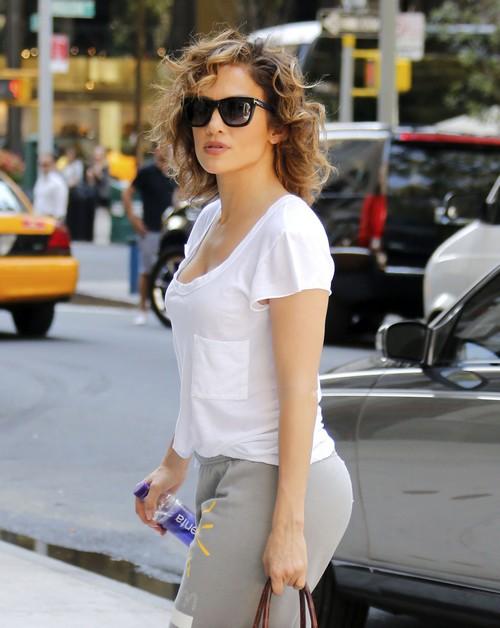 Jennifer Lopez and Casper Smart Break-Up: Casper Asks J-Lo To Marry Five Times, Jen Refuses Fourth Marriage