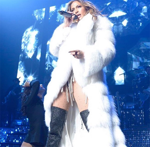 Jennifer Lopez and Casper Smart Adopting Baby: Refuses Pregnancy - J-Lo Wants To Save Hot Body?