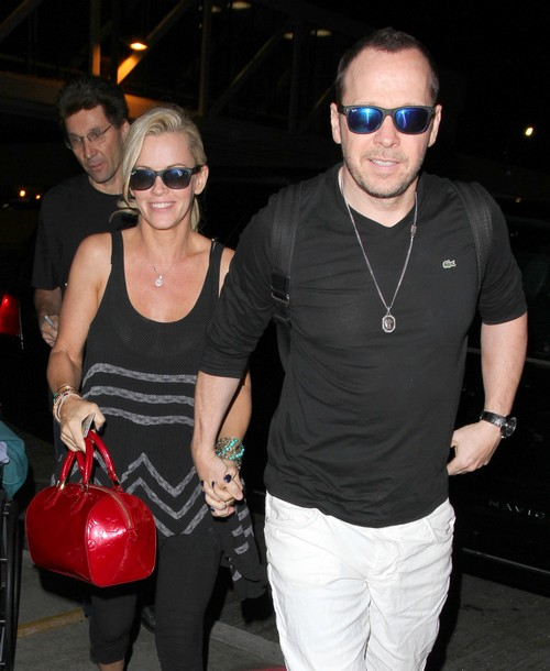 mark wahlberg cant stand jenny mccarthy skips brother