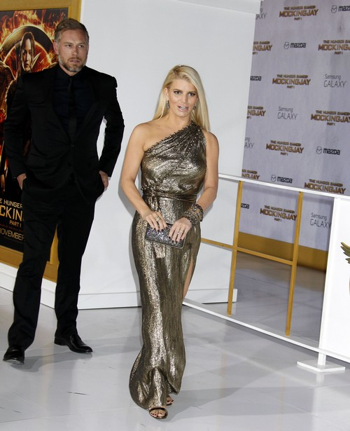 Jessica Simpson Personal Sex Swing for Eric Johnson - Weight Issues?